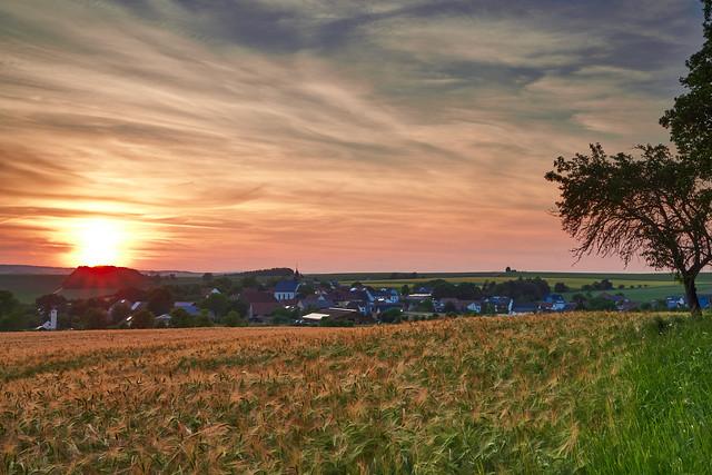 Sonnenuntergang bei Altenbanz (7)
