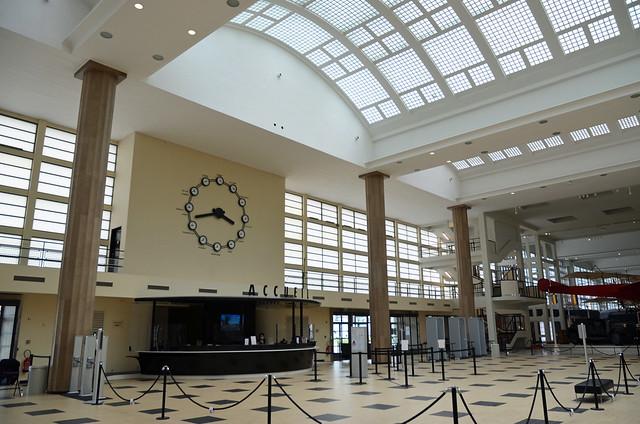 2021.06.17.010 LE BOURGET - Ancien aéroport - Musée de l'Air - Salle des Huit colonnes