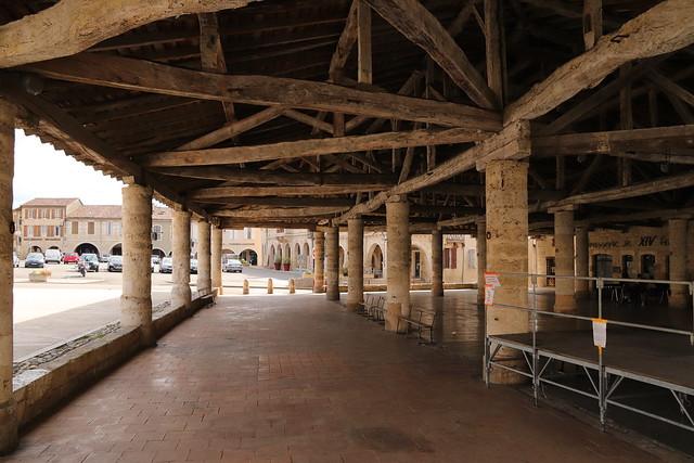 Halle de Mauvezin (XVème siècle)