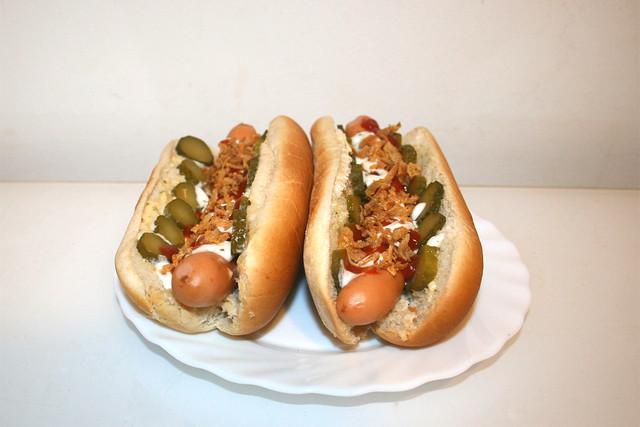 Hot Dog - Side view / Seitenansicht