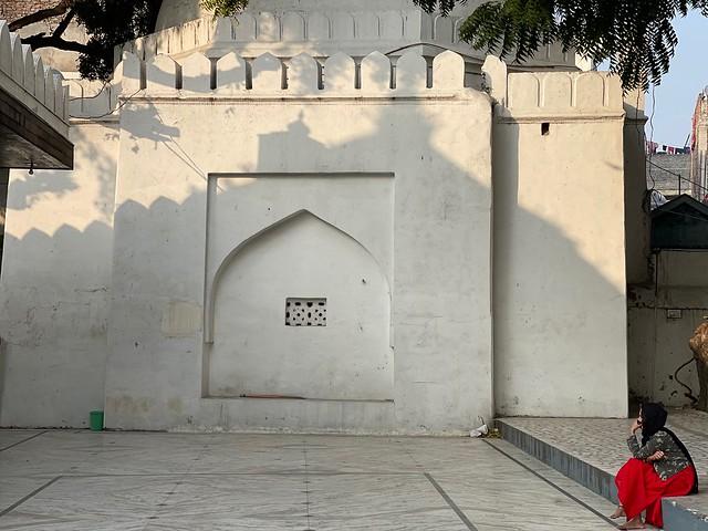 City Hangout - Daylight Magic, Hazrat Chirag Delhi