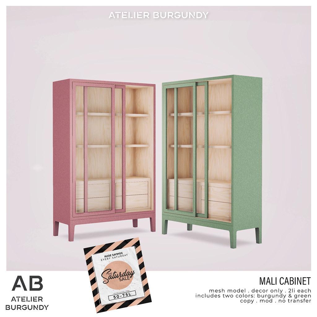 Atelier Burgundy . Mali Cabinet