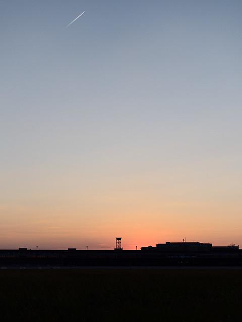 Tempelhofer-Feld 06083859
