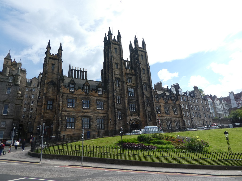 The Mound and New College of the University of Edinburgh