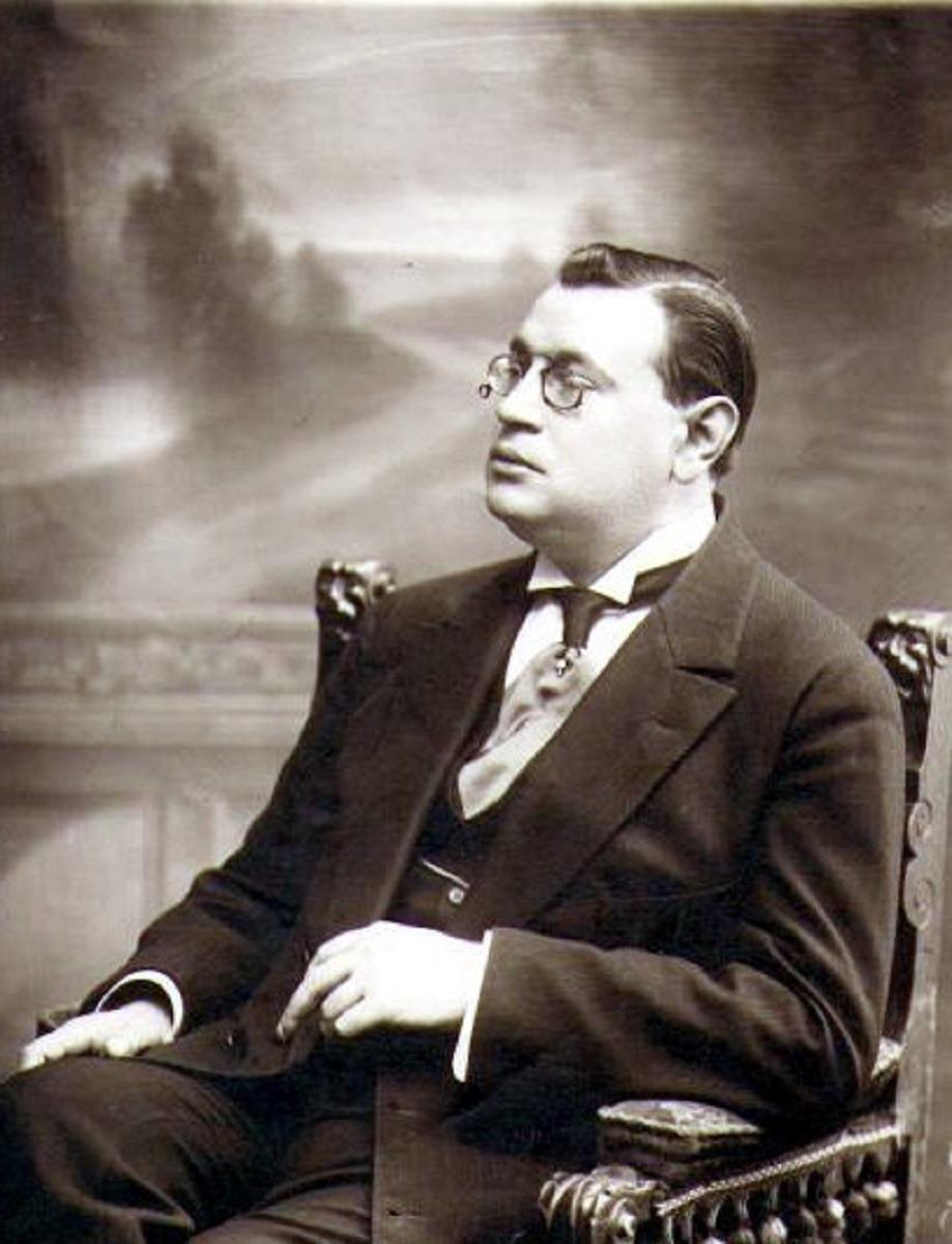 1913. Аркадий Тимофеевич Аверченко
