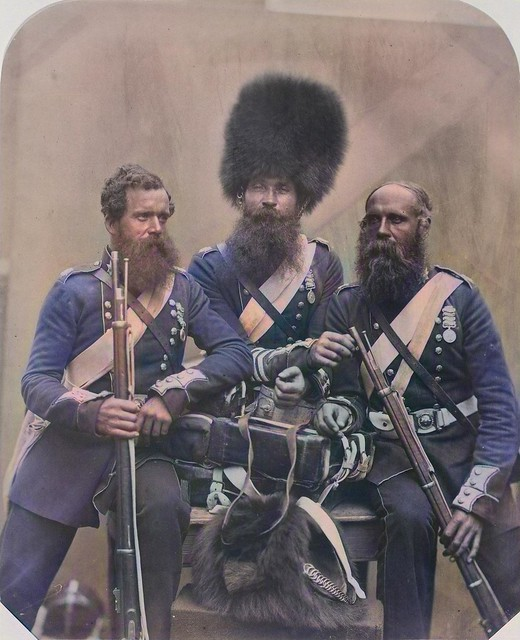 CUNDALL & HOWLETT Three Soldiers of the Coldstream Guards 1856_colorSAI_result