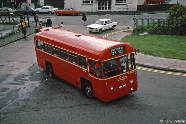 MXX435 London Transport RF458