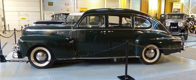 1947 Lincoln 46H Sedan green l2