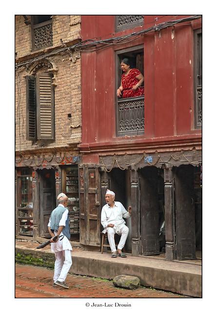 Scène de la vie quotidienne à Bhaktapur