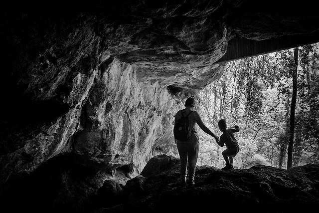 Little cave explorer