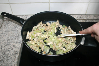13 - Braise onion / Zwiebel andünsten