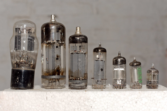 Lampes électroniques
