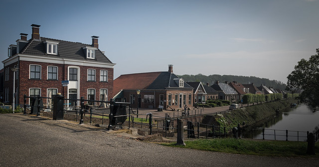 Hotel, lock, museum and canalside houses
