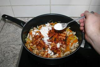 19 - Dredge with flour / Mit Mehl bestäuben