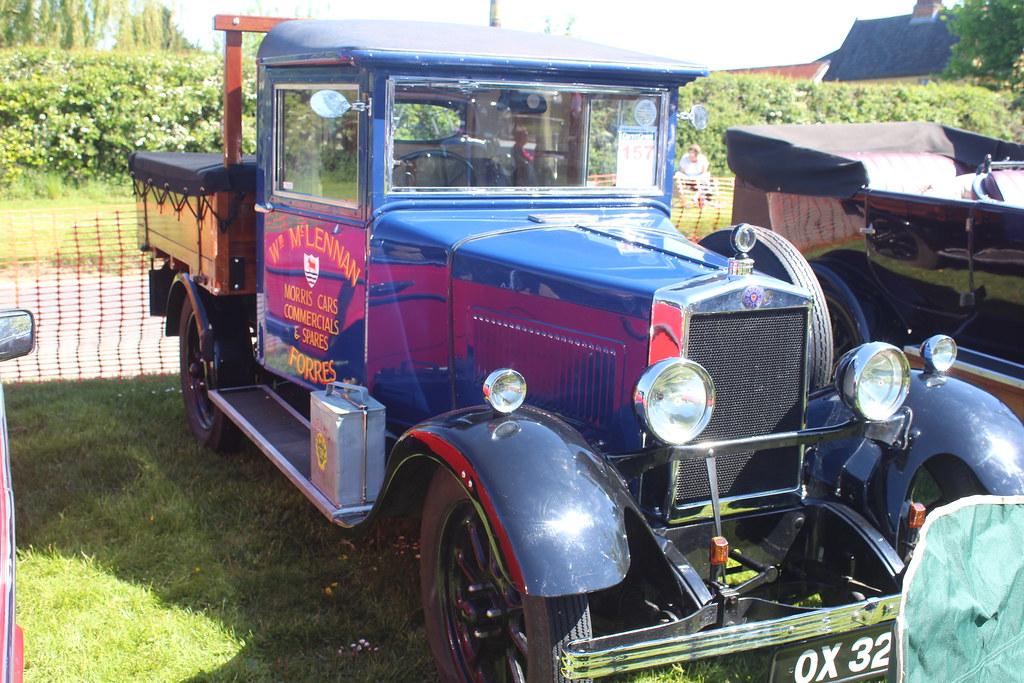 Morris 1927 Light Van Pickup OX 3215