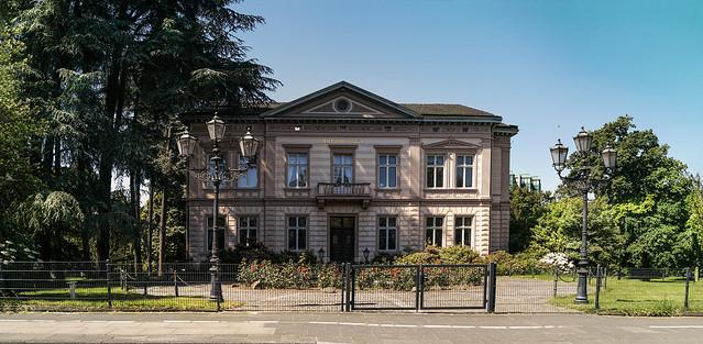 Villa built in 1870