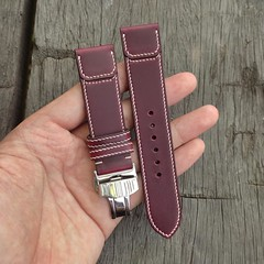 Custom Burgundy Horween Chromexcel Flap serie with Butterfly clasps.