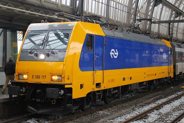 186 117, Amsterdam Centraal, October 20th 2015