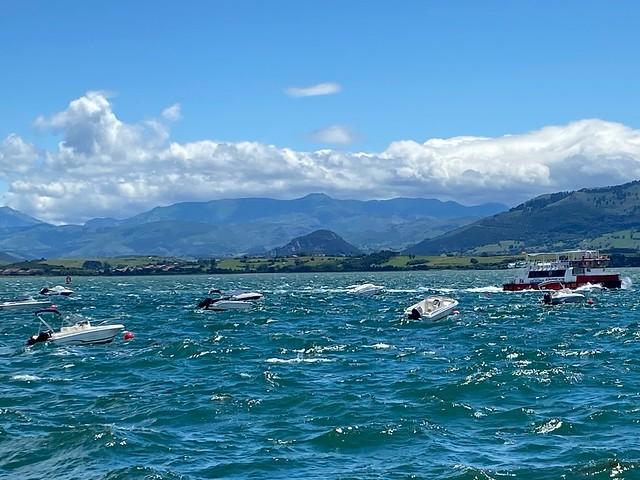Bahía con viento sur