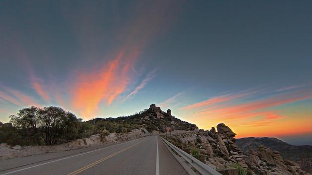 Catalina Highway at the Hoo-Doo Vista