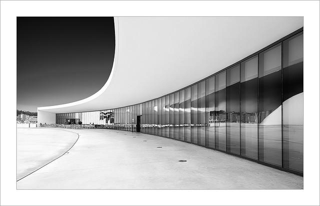 Niemeyer V