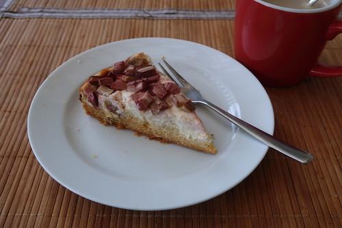 Honig-Rhabarber-Quark-Kuchen (mein zweites Stück vom Rest)