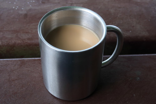 Mein Milchkaffee (beim Picknick)