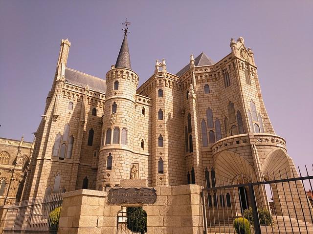 Palacio Episcopal de Astorga, León