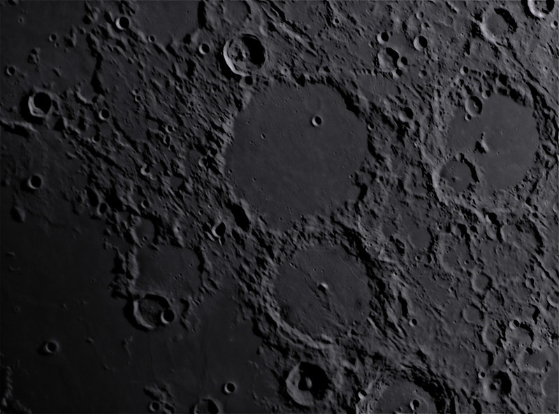 L75 - Ptolemaeus crater (Ptolemaeus B crater visible too) (Moon_18062021)