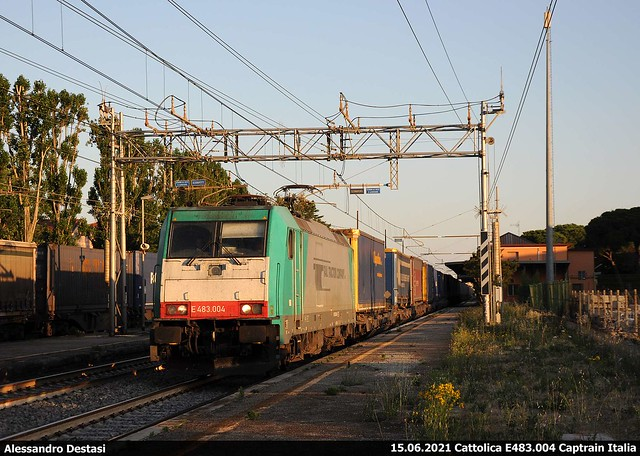 E483.004 Captrain Italia