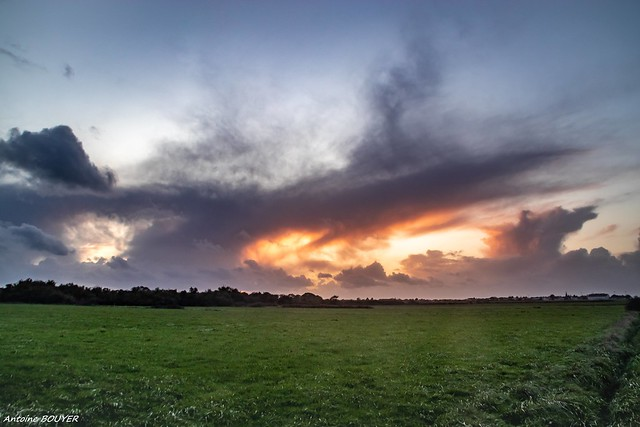 Cumulonimbus - Après le coucher du soleil