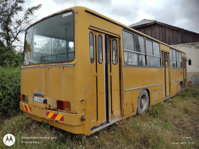 Autobuzul Ikarus 260 #IL03NSL (ex. RATB #66)