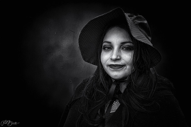 Lady with hat - Second version