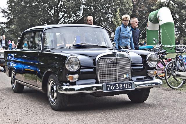 Mercedes-Benz 230 S Limousine 1967 (4135)