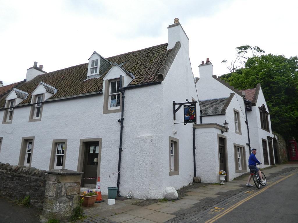 The Cramond Inn, Edinburgh