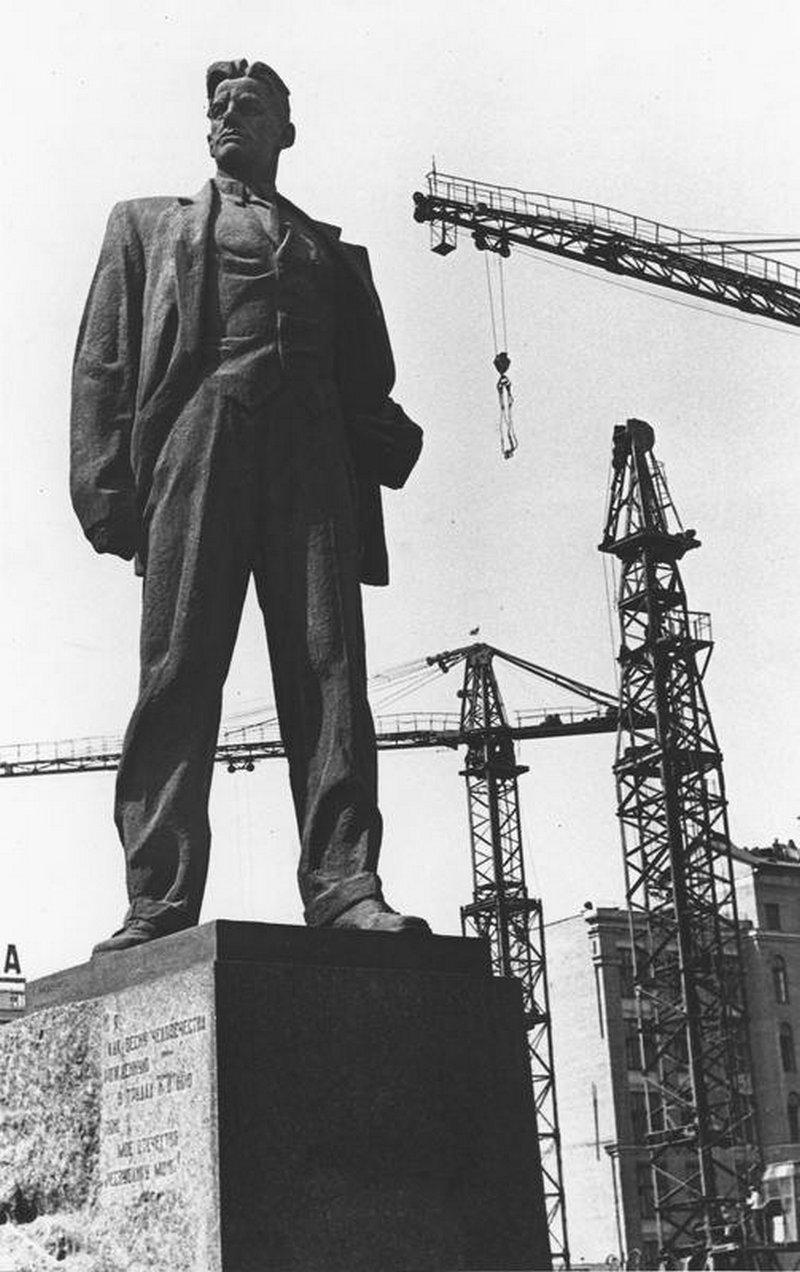 1963. Площадь Маяковского