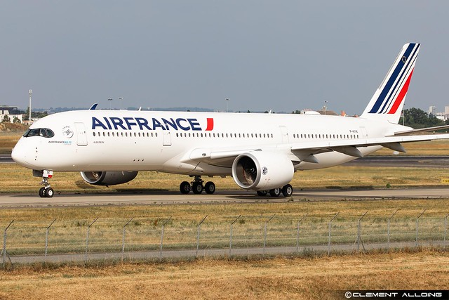 Air France Airbus A350-941 cn 502 F-HTYK