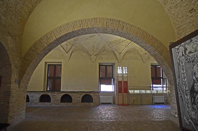 2020.09.14.096 EMILIA-ROMAGNA - FERRARE - Castello Estense - Les cuisines