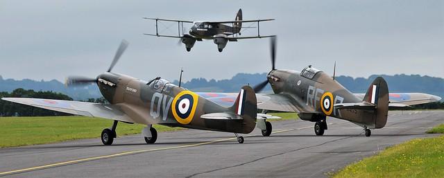 RAF Hawker Hurricane G-HURI  R4175  RF-R 303 , Supermarine Spitfire Mk1 N3200 G-CFGJ QV & De-Havilland DH-89A Dominie Dragon Rapide G-AGJG