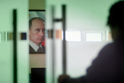 Putin defies the West and bows to the East