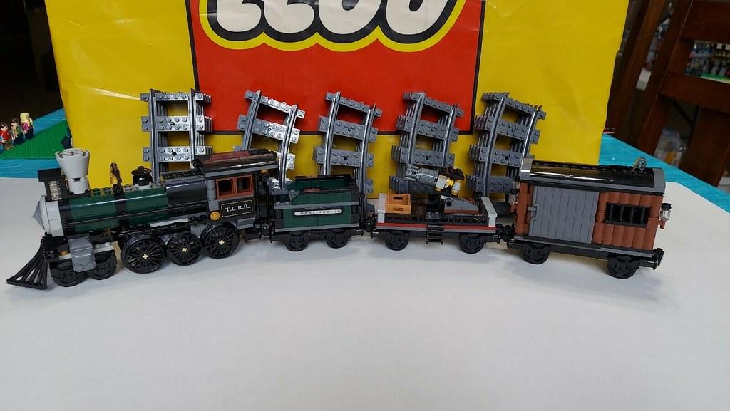 Lego 79111 Disney Lone Ranger Constitution Train 01