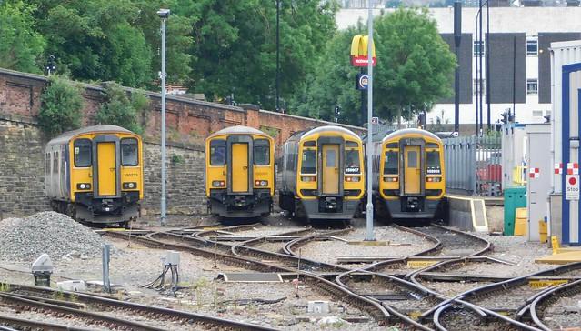 150273, 150201, 158907 + 158910 - Sheffield, South Yorkshire