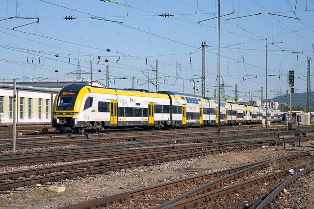 DB 462 005 + 462 004 Basel Badischer Bahnhof