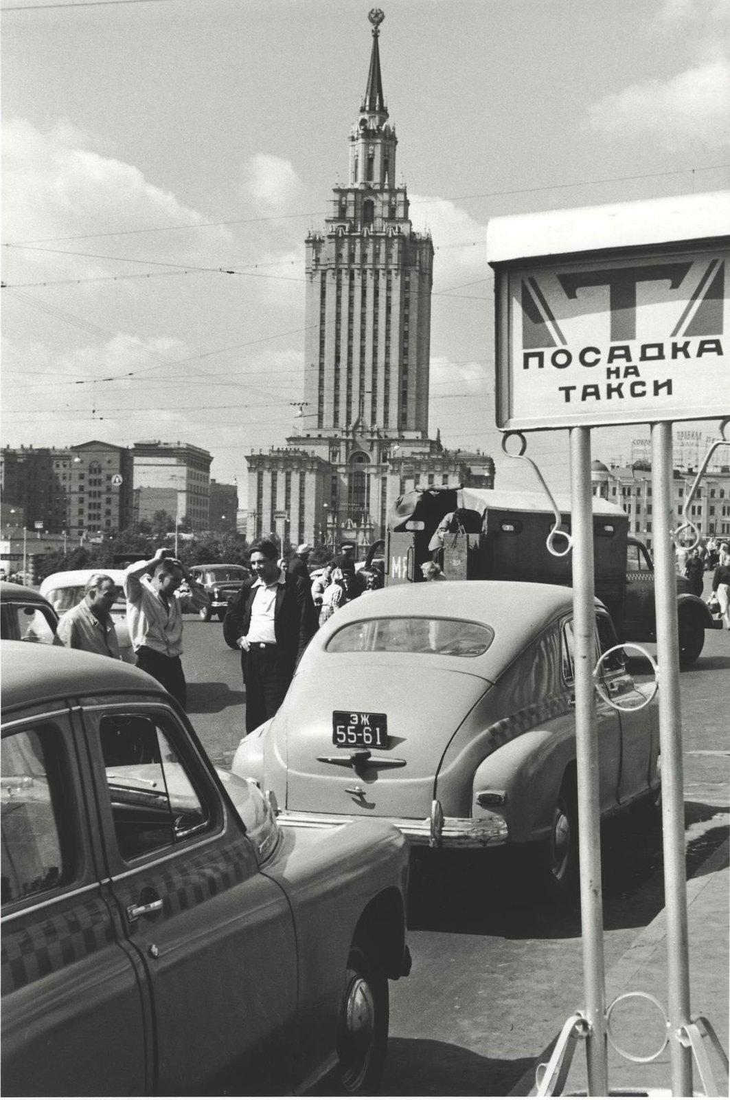 1960. Комсомольская площадь. Гостиница «Ленинградская»