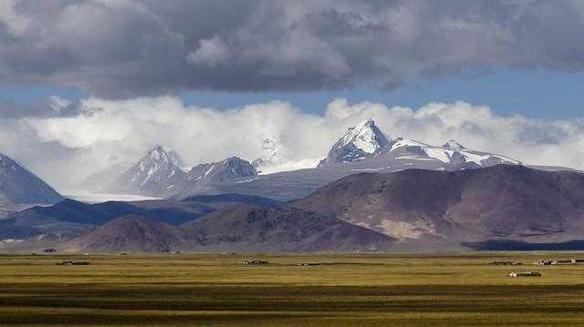 The Himalaya mountains, Tibet 2019