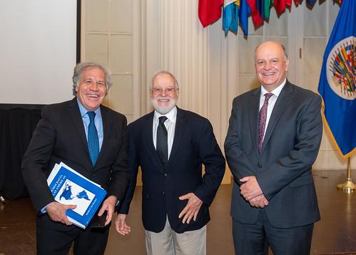 """A OEA sediou apresentação de """"Democracia nas Américas"""", de Rodolfo Piza"""