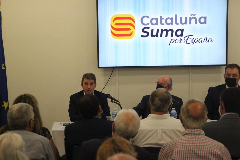 Conferencia 'De español a español por la Constitución' en la sede de Plataforma Cataluña suma por España en Barcelona