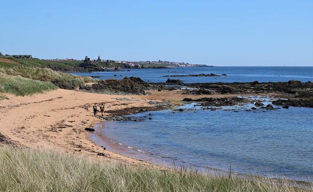 Sunny day on the Fife coast