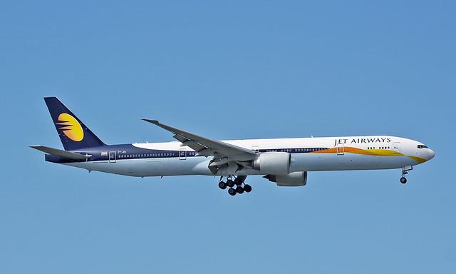 Boeing 777-35RER VT-JEU [35160/653]