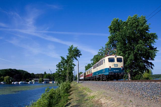 DB Museum 140 423 + Wagen + DB 212 372  Potsdam Wildpark Gbf - Koblenz Lüttel (Kopf machen in Seddin)  -  Geltow
